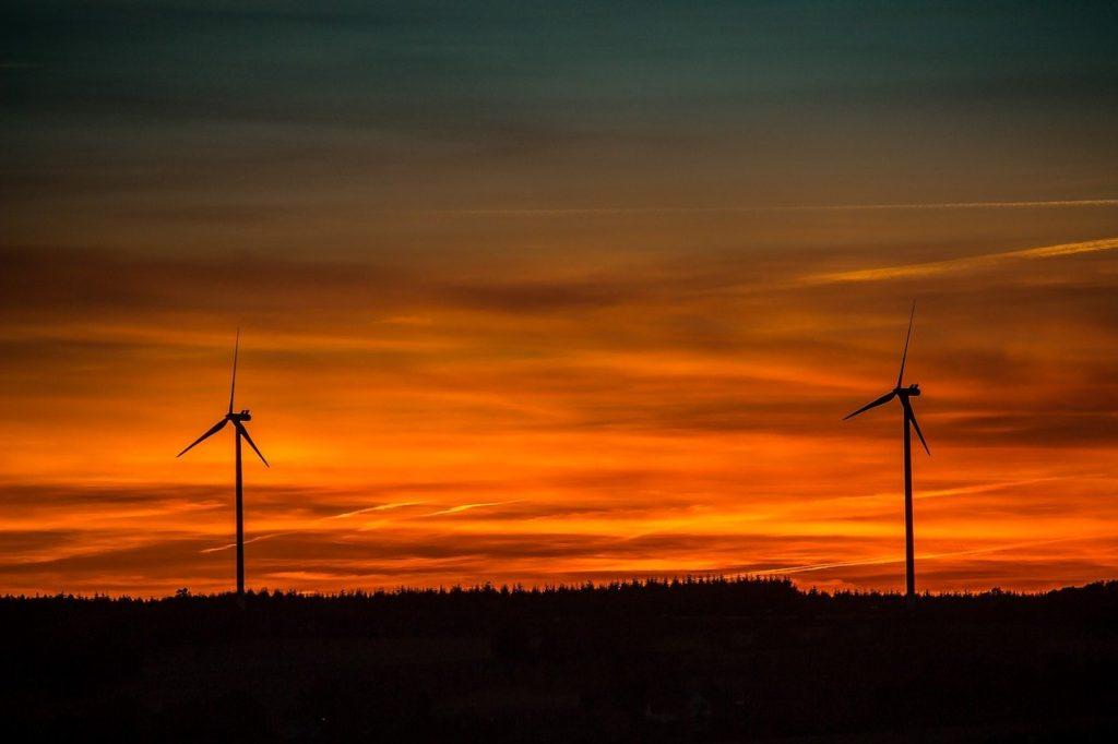 039 03 Invertir En Acciones De Energía Renovable